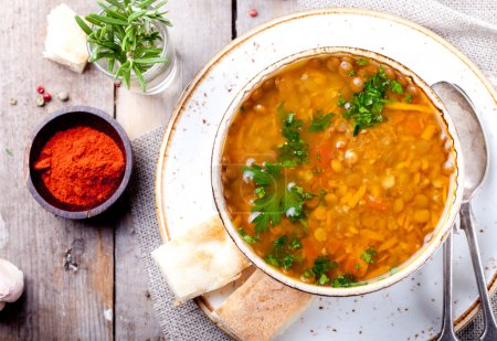 Lentil soup with smoked paprika and bread