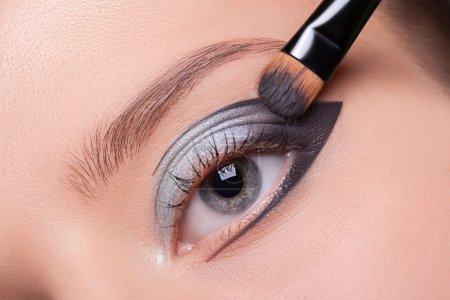 化了妆的美丽眼睛._高清图片_邑石网