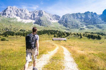 在路上-男人的男人去山