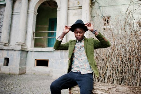 时尚肖像的黑人非洲裔美国人在绿色天鹅绒j_高清图片_邑石网