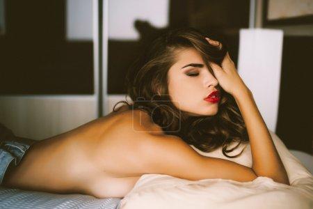 完美性感的谭女人