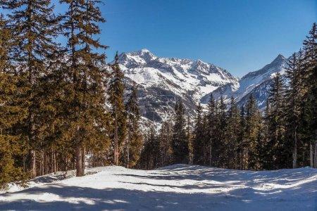 法国Les Arcs滑雪区的景观,_高清图片_邑石网