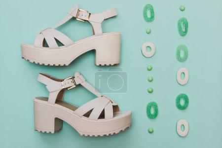鞋和糖果的混合